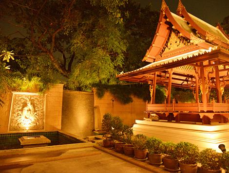 Mayfair Garden Apartment
