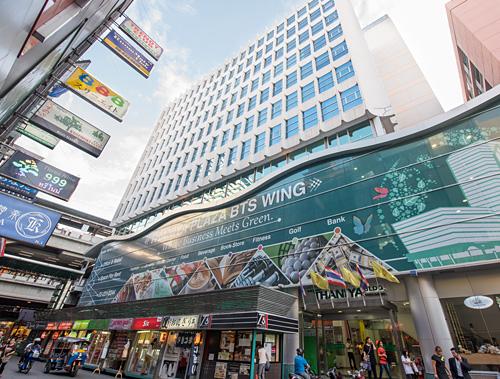 Thaniya BTS Building